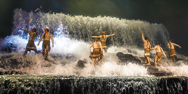 Golden Mask Dynasty Waterfall Scene
